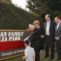 "Emek Hebrew Academy celebrates the inauguration of the ""Teichman Family Magnolia Park"""