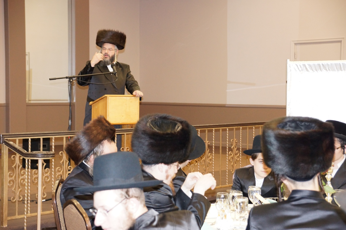 """The Spiegel Shul"" of Los Angeles holds Annual Melava Malka"