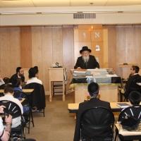 """Harav Yitzchok Scheiner Shlit""""a Visits Ohr Eliyahu"""
