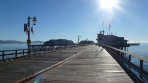 Stearns_Wharf_entry_view