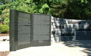 Oregon Holocaust Memorial homepage rotator website