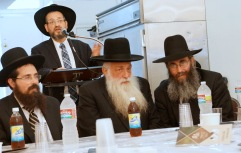 L-R Harav Eliezer Yehuda Finkel, Harav Nachman Levovitz and Rav Nechemia Langer listening to Rav Mordechai Grunwald at the breakfast held in their honor