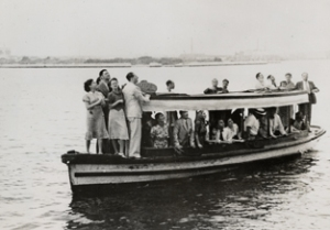 Relatives and friends bid farewell as the S.S. St Louis is forced to return to Europe