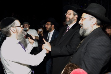 Avrohom Fried with Chief Rabbi David Lau