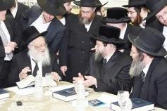 L-R HaRav Dovid Cohen, Boyaner Rebbe, HaRav Berel Povarsky