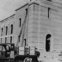 A Taste of Local Jewish History: The Story of the Breed Street Shul