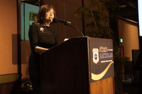 Memorial Tribute to Hatzolah Volunter Anna Bitterman a'h by Author Rochelle Majer Krich. Photo: Arye D. Gordon