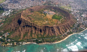 Diamond Head crator