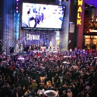 Universal City Walk Chanukah Concert Impresses and Entertains Thousands