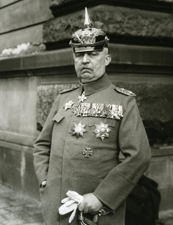 General Erich Ludendorff, former commander of the German army and a friend of Bauer, who knew Trebitsch but ultimately did not publicly support him and Bauer