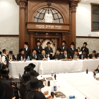 Los Angeles Welcomes the Boyaner Rebbe