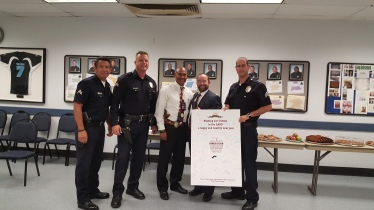 Rabbi Einhorn Shares Rosh Hashanah Greetings with LAPD Wilshire