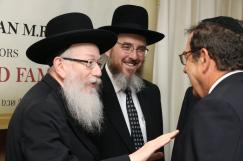 Rabbi Ryzman with Health Minister Rabbi Yaakov Litzman and the Rosh Yeshivah of Chevron Harav Yosef Chevroni, shlita