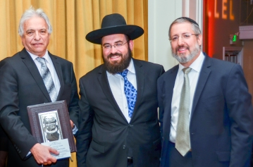 L-R Mr. Victor Sacks, (Awardee), Rabbi Lebhar, Rabbi Brander. Photos: Manny Saltiel